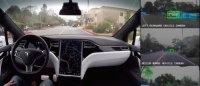 Компания Tesla демонстрирует, что видят вокруг себя их автомобили, двигаясь в автоматическом режиме