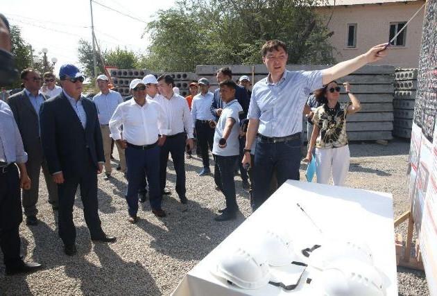 Аскар Мамин: Более 90% строительных работ в г. Арыс завершены